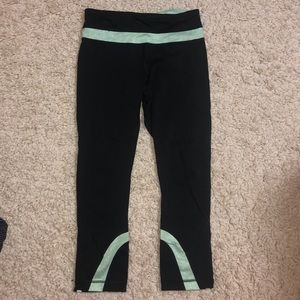 Lululemon Black Crop with Seafoam green detail